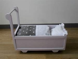 Lit Poupee En Bois : lit roulotte ancien en bois pour poup e vendu mod les en stock sur ~ Teatrodelosmanantiales.com Idées de Décoration