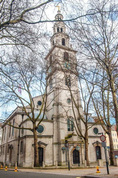 st clement danes history visiting historic london guide