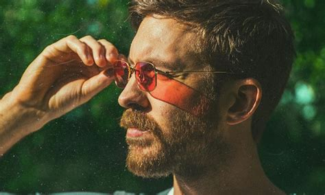 "Calvin Harris Shares ""feels"" Ft Big Sean, Katy Perry"