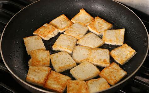 fried tofu spicy braised tofu dubu jorim 두부조림 recipe maangchi com