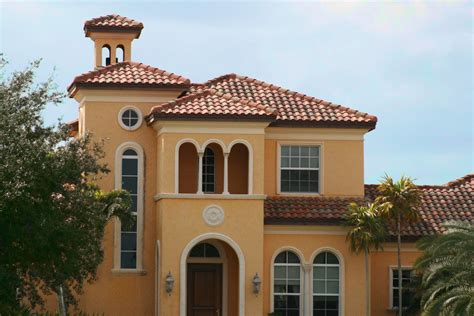 Spanish Style Homes With Red Roof