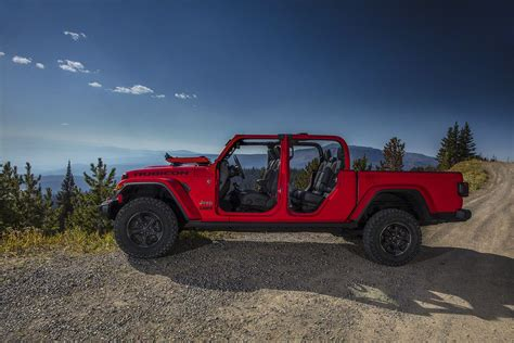 Jeep Jt 2020 by 2020 Jeep Gladiator Jt Info Pricing Colors More At Add