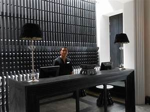536 best Reception Desks images on Pinterest | Lobby ...