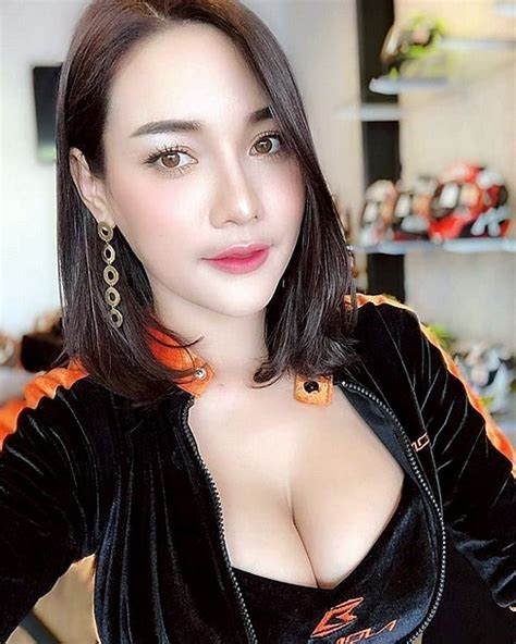 Foto Sexy Tante Bohay Pantat Besar Inhotpic