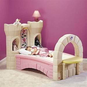 Kinderbett Mit Dekoration Einrichtungsideen Fr Jungen