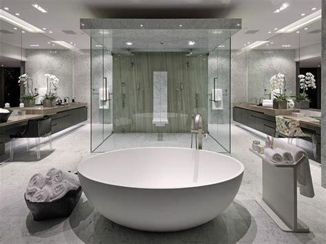 bathroom tub surround tile ideas 25 best ideas about modern master bathroom on