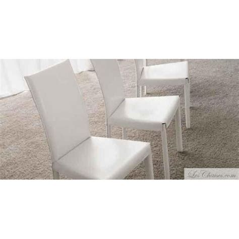 chaises cuir blanc flina et chaise en cuir midj design salle a manger contemporaine cuisine