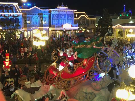 first look at mickey s very merry christmas party touringplans com blog touringplans com blog