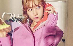 ho67-girl-twice-sana-hello-beauty-wallpaper