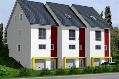 ᐅ Kowalski Haus  Reihenmittelhaus Am Hang, Mit Tiefgarage