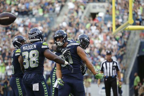seahawks position battles  guys  start  week
