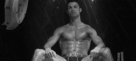Cristiano Ronaldo: V čem je Messi proti němu žabař ...