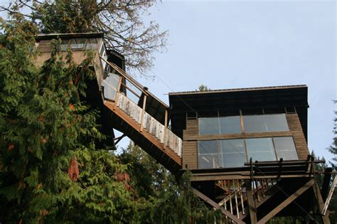 Cedar Creek Treehouse, Ashford, Washington