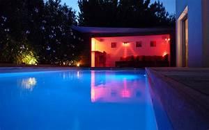Eclairage Terrasse Piscine : pisciniste gironde eclairer sa piscine ~ Preciouscoupons.com Idées de Décoration
