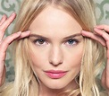 Kate Bosworth has a hazel right eye and a blue left eye ...
