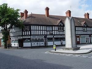 Photos Of Chirk Town Centre 1440 X 1080 Pixels