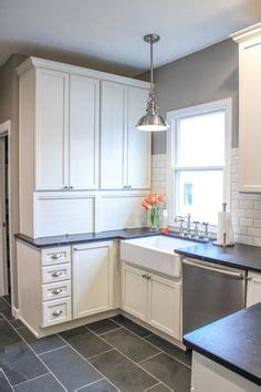 glaze on kitchen cabinets best color of porcelain tile with white cupboards 3833