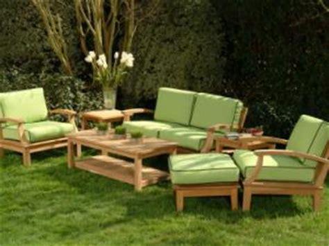 plan canapé bois fabriquer un canapé de jardin en bois par