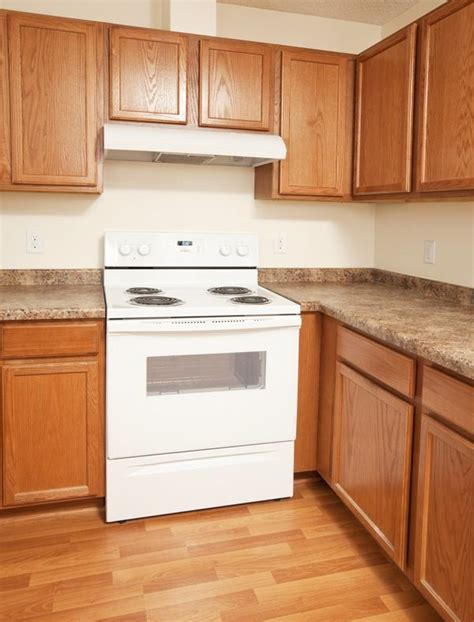 buy kitchen cabinets cheap simple ideas on how to buy cheap kitchen cabinets