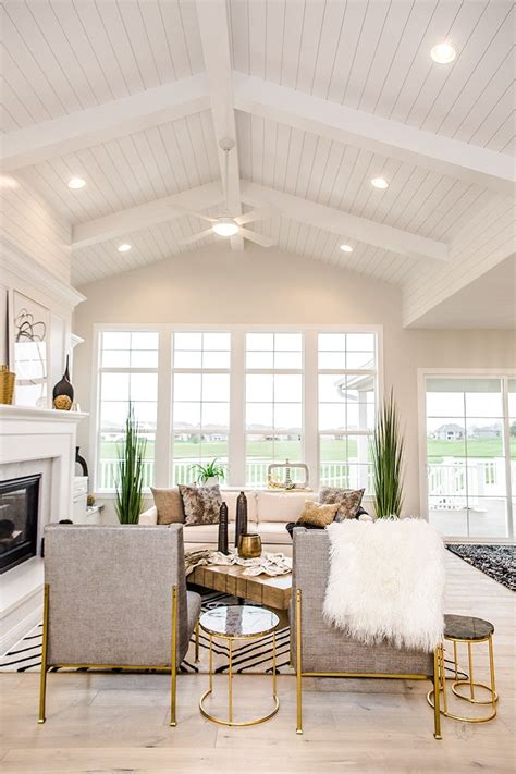 Shiplap Ceiling - 14 tips for incorporating shiplap into your home cabin