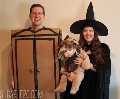 lion  witch   wardrobe  costume