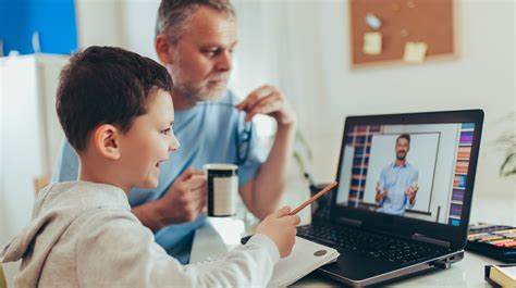 How parents can help their kids succeed at online learning ...