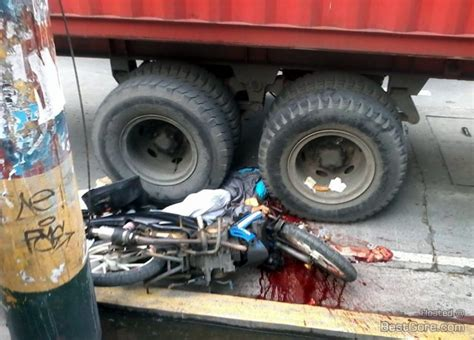 Motorcyclist Crushed To Death By Semi Trailer In Manila