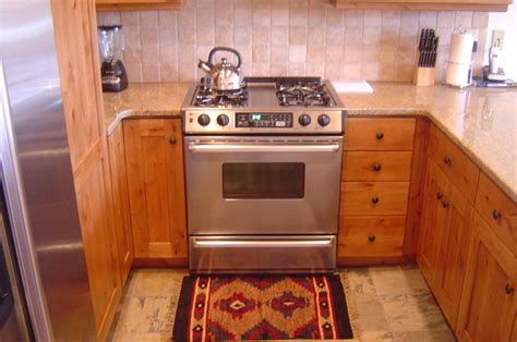 country kitchen stove 11 smart ways to survive in the heat without ac 2898