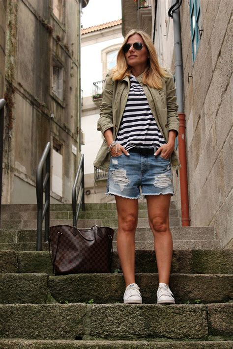 Bershka Riped Jacket 100k eniwhere fashion bershka green jacket h m stripes shirt