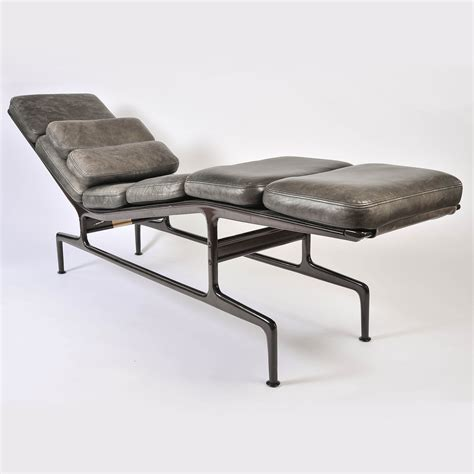 imitation chaise eames chaise imitation charles eames finest chaise bascule
