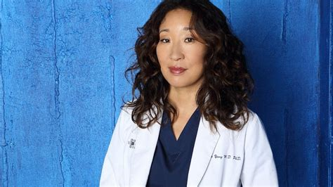 sandra oh on grey s anatomy sandra oh needed therapy to leave grey s anatomy abc news