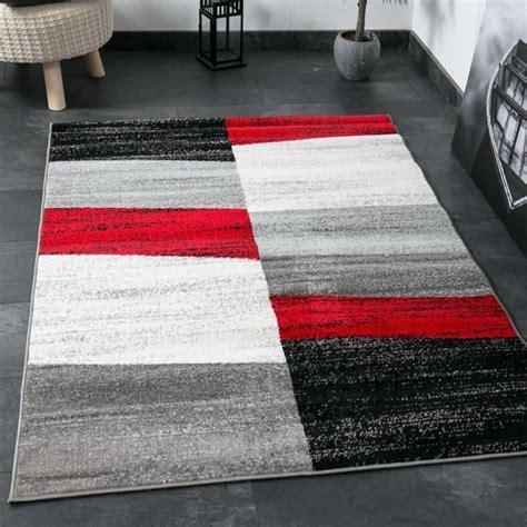 tapis geometrique gris  blanc