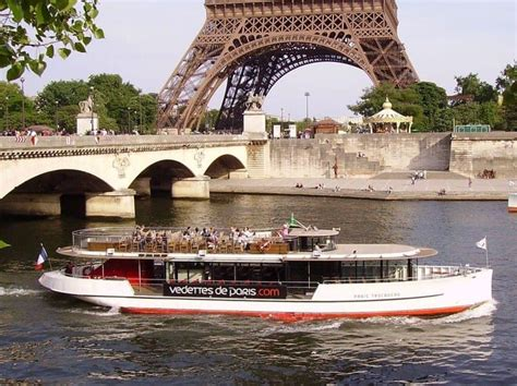 Boat Tour Seine River Paris cruising the seine river in paris how to choose the best