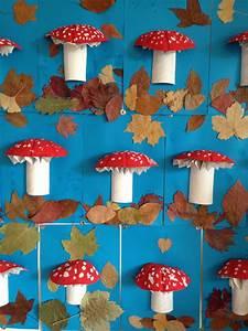 Tapisser Avec 2 Papiers Differents : champignon r alis avec un demi rouleau de papier wc une demi coque melon et une feuille de ~ Nature-et-papiers.com Idées de Décoration