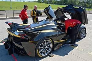 Ferrari Fxx K Prix : a 3 million ferrari that you can t drive on the road trackworthy ~ Medecine-chirurgie-esthetiques.com Avis de Voitures