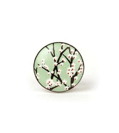 cuisine equipé bouton de meuble cerisier en fleur en porcelaine boutons
