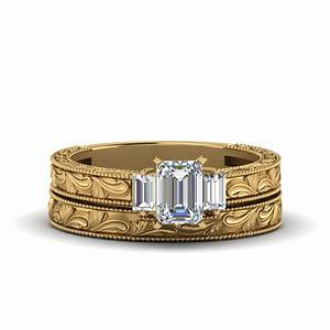 emerald cut with baguette vintage wedding set in 18k With baguette wedding ring sets