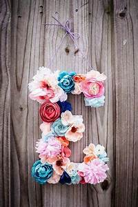 Letter covered in flowers crafts pinterest for Flower covered letters