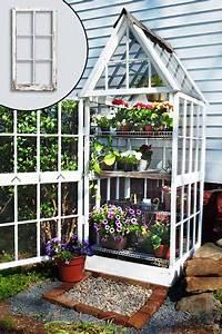 Mini Gewächshaus Selber Bauen : 4 greenhouses made from recycled windows herb garden pinterest garten garten gew chshaus ~ Markanthonyermac.com Haus und Dekorationen