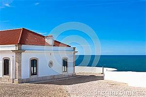 Turquoise Sea, Blue Sky And White House In Portugal ...