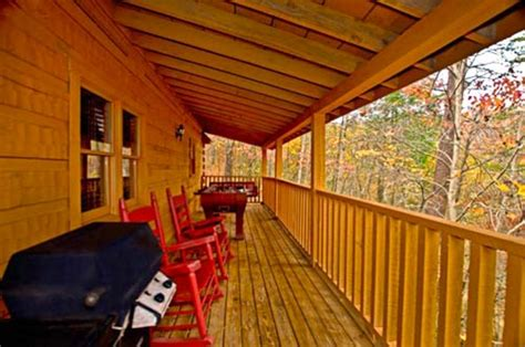 pet friendly cabins pigeon forge american woods 1 br cabin pet friendly cabins in