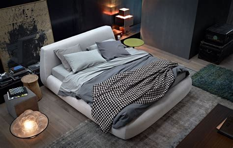 bed big bed