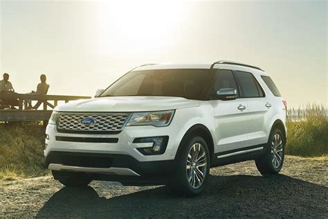 Top Fuel-efficient Suvs And Minivans With 3-row Seating