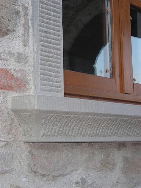 materiali per soglie e davanzali finestre e davanzali in pietra