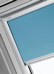 Velux Rollo Günstig : dachfenster rollo velux und itzala rollos f r dachfenster dachfenster rollo ~ Markanthonyermac.com Haus und Dekorationen