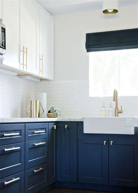 navy kitchen with gold accents // brittanyMakes   Gorgeous