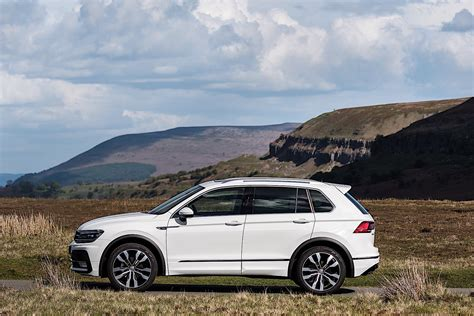 ˈfɔlksˌvaːgn̩ ˈtiːɡu̯aːn) is a compact crossover suv produced by the german automaker volkswagen.introduced in 2007, it was the volkswagen brand's second crossover suv model after the touareg.the first generation is based on the pq46 platform, while the second generation, released in 2016, utilizes the volkswagen group mqb platform. VOLKSWAGEN Tiguan specs & photos - 2016, 2017, 2018, 2019 ...