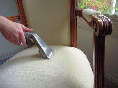Cleaning Upholstery Diy by Best 25 Upholstery Cleaner Ideas On
