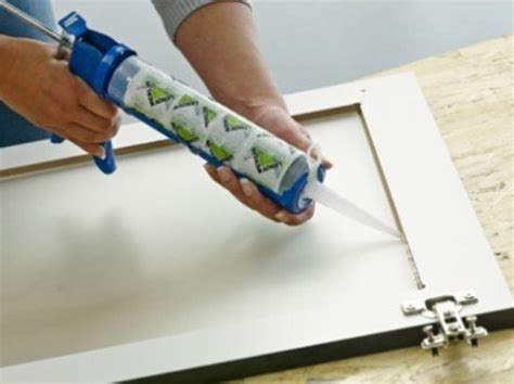 vitrage cuisine comment poser un vitrage dans un meuble de cuisine