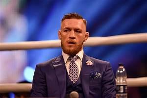 Conor McGregor reacts to Floyd Mayweather's anti-gay slur ...